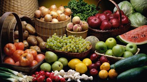 Rửa sạch trái cây rau củ