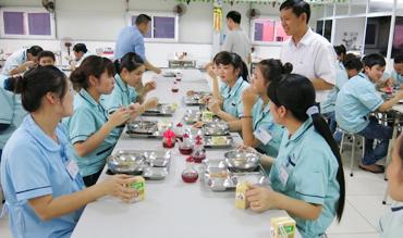 Cung cấp suất ăn cho bệnh viện